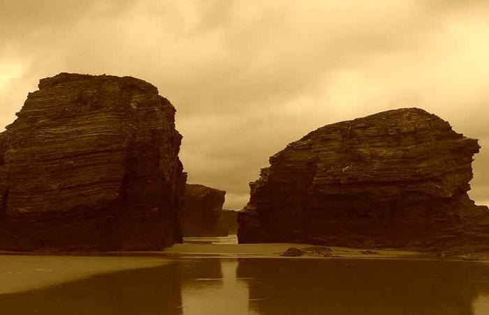 Formaciones rocosas playa las Catedrales