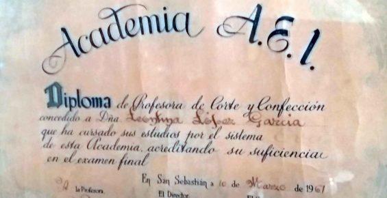 diploma tina