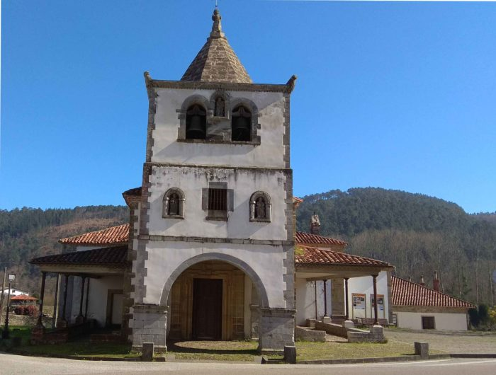 Torre de la Iglesia fachada pricipal