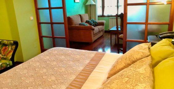 habitacion con salon